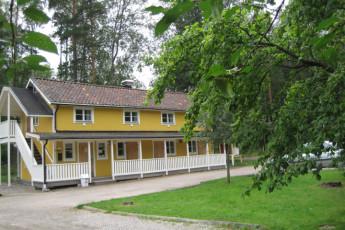 Sala/Sofielund : hostel exterior
