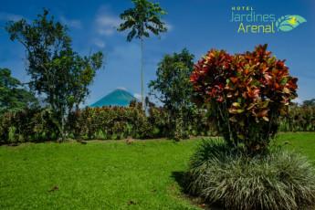 La Fortuna - Jardines Arenal : Jardines y zona verde