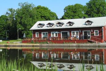 Norsholm/Kapten Bille's : hostel exterior
