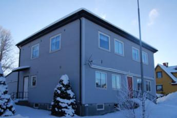 Trollhättan/Stenvillan : hostel exterior