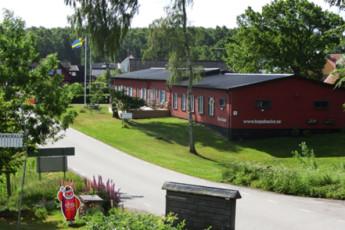 Baskemölla : hostel exterior