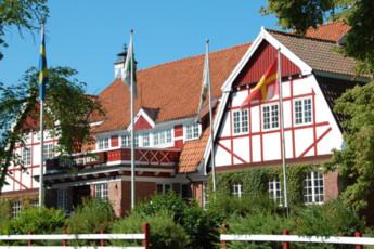 Röstånga Gästgivaregård : hostel exterior