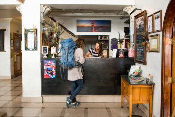 HI - San Francisco - City Center : Hostel Front Desk