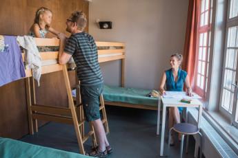 Gent Hostel De Draecke : dortoir avec lits superposés