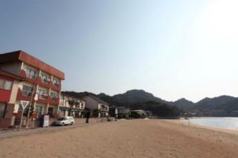 Shiraishi-island Otafuku YH : hostel exterior