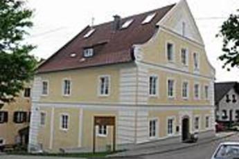 Ulrichsberg : hostel exterior