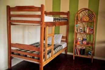 San José - Hostel Casa Yoses : Los huéspedes en la terraza en el Hostal Casa Yoses en Costa Rica