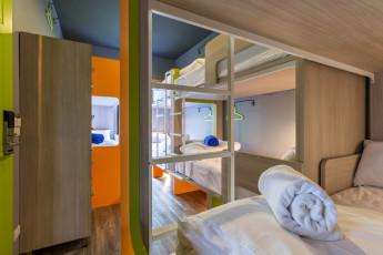 iSanook Hostel : Isanook hostel large dorm image