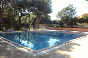 Albergue La Marina : La Marina Hostel swimming pool