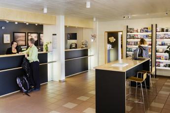 Reykjavik City : los huéspedes en la sala común en Reykjavik City Hostel