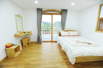 Seocheon Youth Hostel :