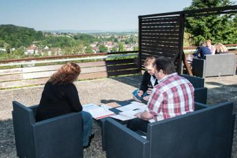 Bodenwerder : hostal Bodenwerder en picnic de Alemania