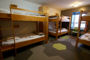 HI - Calgary City Centre : Dorm room