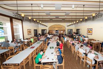 Uelzen : hostel dining area in Uelzen, Germany