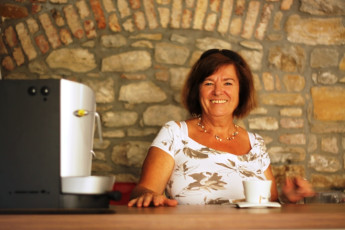 Youth Hostel Alieti : 092579-Youth Hostel Alieti - Izola - Slovenia - drinking coffee image
