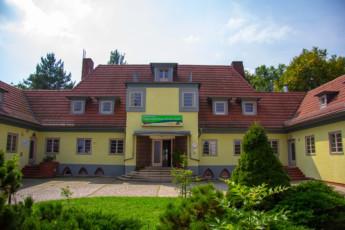 Weimar - Maxim Gorki : Front exterior view of Weimar, Germany - Maxim Gorki Hostel