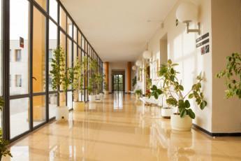 Torre de Alborache : Torre de Alborache hostel - corridor image