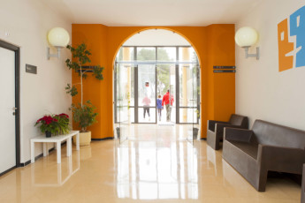 Torre de Alborache : Torre de Alborache hostel - entrance hall image