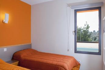 Torre de Alborache : Torre de Alborache hostel - window view image