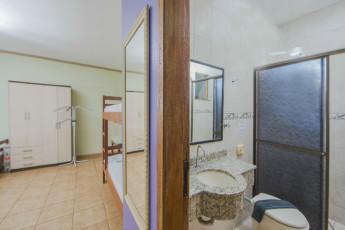HI Hostel Iguassu Evelina : X540704 - HI Hostel Iguassu Evelina hostel - Ensuite image