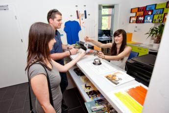 Youth Hostel Pekarna : Comedor y sala de estar en Maribor - albergue juvenil Pekarna, Eslovenia