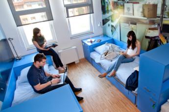 Youth Hostel Pekarna : baño en Maribor - albergue juvenil Pekarna, Eslovenia