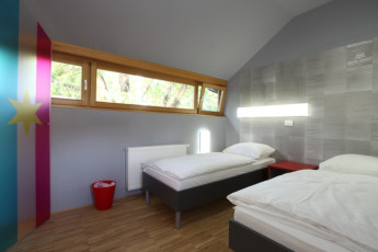 Youth Hostel Celje : 092564, Youth Hostel Celje, twin room with window image