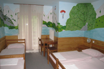 Youth Hostel Pod Voglom : 092542, Hostel pod Voglom, dorm with murel Image