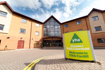 YHA Cardiff Central :