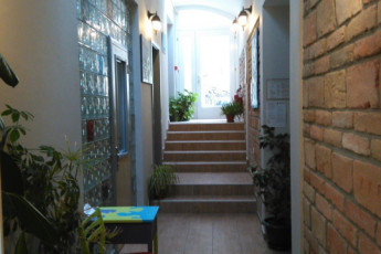 Varad Inn Boutique Hostel : novi-sad-hostel-hall