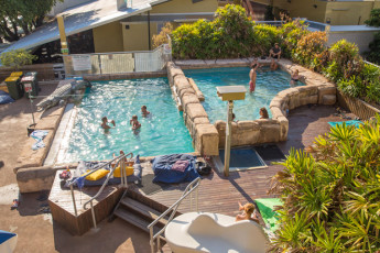Darwin YHA - Melaleuca on Mitchell : Darwin YHA - 2 Pools