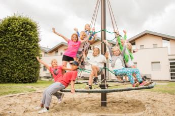 Maldegem - Die Loyale : Kids Having Fun at New Building Maldegem - Die Loyale Hostel, Belgium