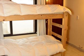Hi Patagonia Hostel : HI Patagonia hostel, hostel bunk beds