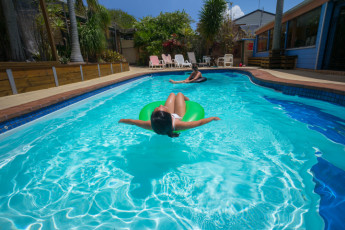 Port Macquarie YHA - Ozzie Pozzie Backpackers : Pool