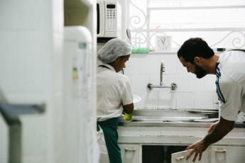 Rio De Janeiro - Cabanacopa Hostel : kitchen