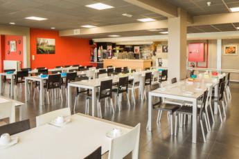 Voeren - De Veurs : Hostel De Veurs dining area