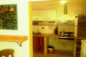 Hi Patagonia Suites : HI Patagonia Suites, hostel hostel kitchen