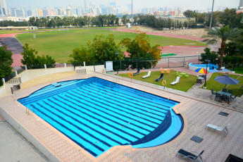 Dubai - A : swimming pool
