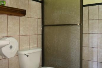 La Fortuna - Jardines Arenal : baño