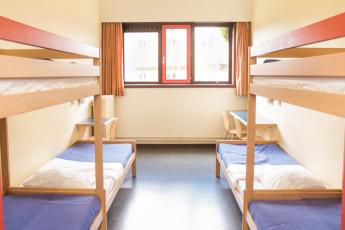 Brugge - Europa : Dorm - Bruges Europa Hostel, Belgium