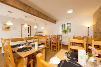 YHA Medway : 018065 - Medway hostel dining room image