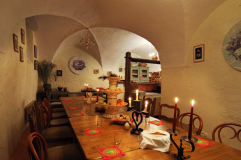 Youth Hostel Radovljica : 092557, Radovljica hostel, dining room with candlelight image