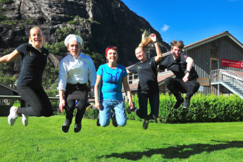 Lysefjorden : Staff having fun