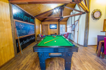 1770 YHA : 1770 - Common area -pool
