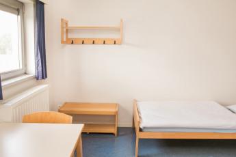 Maldegem - Die Loyale : Twin Room at Maldegem - Die Loyale Hostel, Belgium