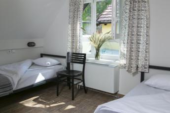 Varad Inn Boutique Hostel : novi-sad-hostel-dormitory