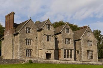 YHA Wilderhope Manor :