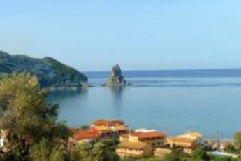 Corfu Travelers Inn : Beautiful sea views from the balcony