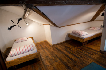 Sofia - Canape Connection : Attic Room