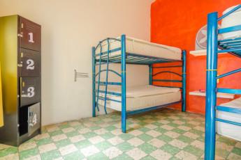 Oaxaca - Casa de Don Pablo Hostel : dormitory